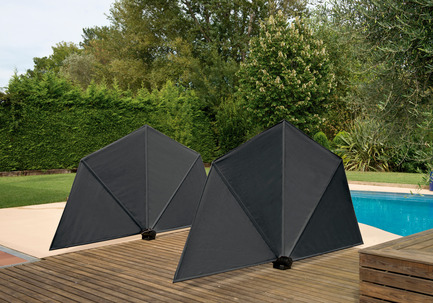 Press kit | 1734-01 - Press release | Calma becomes the first Spanish brand to win the Red Dot award: Best of the Best since 2011 - CALMA - Competition -  Folding wind/ambient - OM sunshade  - Photo credit: CALMA