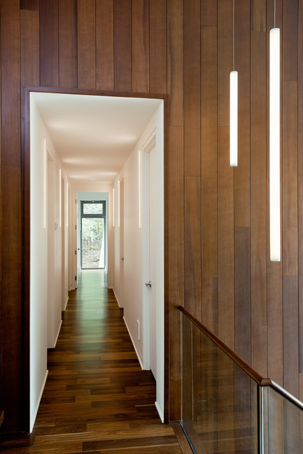 Press kit | 1678-01 - Press release | Résidence CEDRUS - BOOM TOWN - Residential Architecture - Corridor - Photo credit: Angus McRitchie