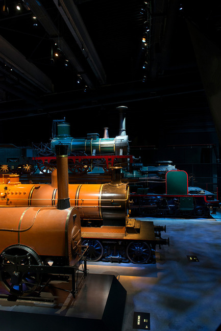 Press kit | 621-21 - Press release | Spectacle multisensoriel pour le nouveau musée ferroviaire belge Train World - Lightemotion - Lighting Design - Photo credit: Marie-Francoise Plissart