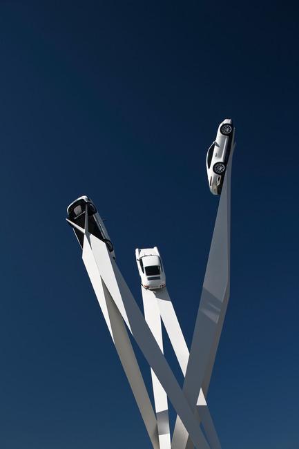 Press kit | 1022-03 - Press release | Porscheplatz Sculpture - Gerry Judah - Art - Photo credit: David Barbour