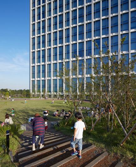 Dossier de presse | 1680-01 - Communiqué de presse | Conran and Partners completes 20 hectare urban regeneration project - Conran and Partners - Commercial Architecture - Crédit photo : Edmund Sumner