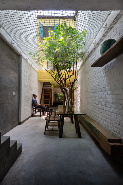 Press kit | 1256-01 - Press release | Saigon house - a21studĩo - Residential Architecture - Ground floor  - Photo credit: Quang Tran