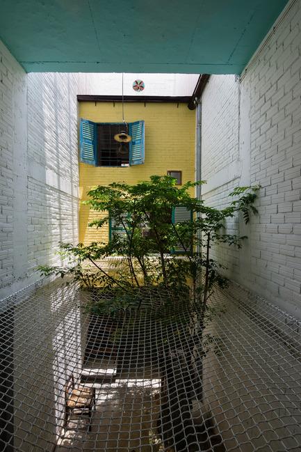 Dossier de presse | 1256-01 - Communiqué de presse | Saigon house - a21studĩo - Residential Architecture - The net  - Crédit photo : Quang Tran