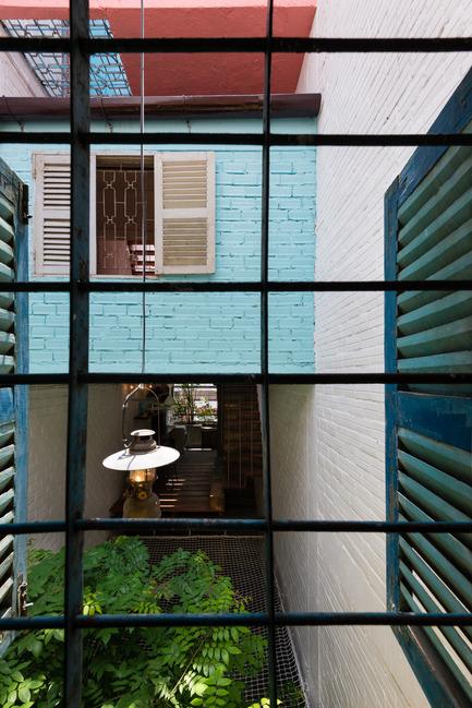 Dossier de presse | 1256-01 - Communiqué de presse | Saigon house - a21studĩo - Residential Architecture - Room view to courtyard  - Crédit photo : Quang Tran