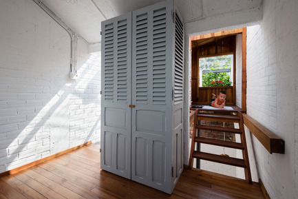 Press kit | 1256-01 - Press release | Saigon house - a21studĩo - Residential Architecture - Look to the wooden room  - Photo credit: Quang Tran