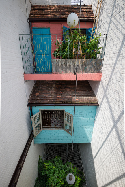 Press kit | 1256-01 - Press release | Saigon house - a21studĩo - Residential Architecture - The courtyard  - Photo credit: Quang Tran