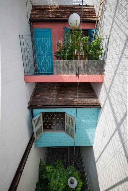 Dossier de presse | 1256-01 - Communiqué de presse | Saigon house - a21studĩo - Residential Architecture - The courtyard  - Crédit photo : Quang Tran