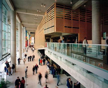 Press kit | 865-15 - Press release | Lemay Acquires High-Profile Design Firm Andres Escobar & Associates - Lemay - Residential Interior Design - La Grande Biblothèque, Montréal - Lemay - Photo credit:  Bernard Fougeres