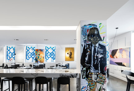 Press kit | 1969-01 - Press release | « ÊTRE AVEC TOI», the latest purely artistic Montreal restaurant - MASSIVart, SID LEE Architecture, Hotel W, BPC - Art - One of Stikki Peaches favourite characters: GQ Starwars - Photo credit: Stéphane Brugger