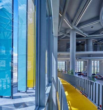 Press kit | 1980-01 - Press release | Yazgan Design wins the 'Innovative Use of Color Award' at WAF 2015 - Yazgan Design Architecture - Competition - Exterior / InteriorFaçade detail - Photo credit: Yunus Özkazanç