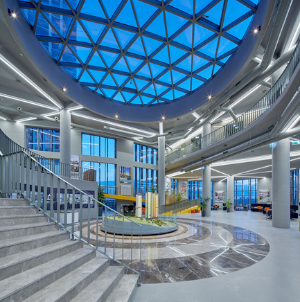 Press kit | 1980-01 - Press release | Yazgan Design wins the 'Innovative Use of Color Award' at WAF 2015 - Yazgan Design Architecture - Competition - Interior view from strairs - Photo credit: Yunus Özkazanç