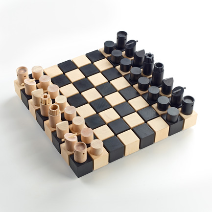 Dossier de presse | 902-05 - Communiqué de presse | World Design Rankings - A' Design Award and Competition - Event + Exhibition - Chesset Chess set by Duval Patterson - Crédit photo : Duval Patterson