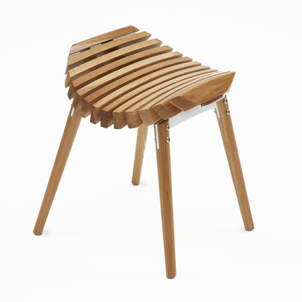 Dossier de presse | 902-05 - Communiqué de presse | World Design Rankings - A' Design Award and Competition - Event + Exhibition - Ane Stool by Troy Backhouse - Crédit photo : Troy Backhouse