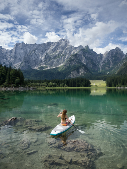 Press kit | 1857-01 - Press release | SipaBoards Bring Fresh Air To Paddleboarding - SipaBoards - Product - Paddleboarding at Laghi di Fusine, Italy - Photo credit:   Uros Podlogar<br>