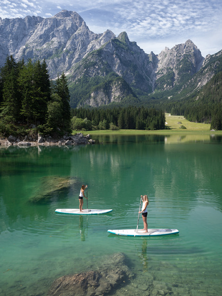 Press kit | 1857-01 - Press release | SipaBoards Bring Fresh Air To Paddleboarding - SipaBoards - Product -  Idyllic hidden spot in the Italian Alps  - Photo credit: Uros Podlogar