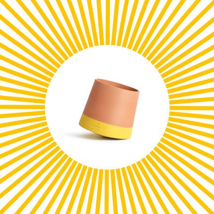 Press kit | 2019-01 - Press release | Voltasol, the rolling flowerpot - Studio BAG Disseny - Product - Voltasol - Photo credit: Studio BAG Disseny<br>