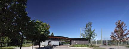 Press kit | 1170-02 - Press release | Golf Welcome Pavilion at Maisonneuve Park - Ville de Montréal - Institutional Architecture - Main elevation<br> - Photo credit: Vincent Audy