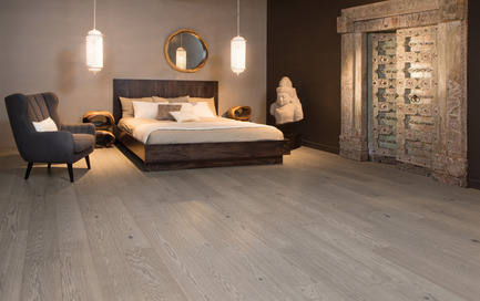 Press kit | 1639-03 - Press release | New Mirage Floors 2016— more magnificent than ever! - Mirage Hardwood Floors - Product - Handcrafted Red Oak, Treasure - Sweet Memories Collection  - Photo credit:  Mirage Hardwood Floors