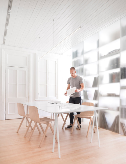Press kit   1113-05 - Press release   la Shed - la SHED architecture - Commercial Architecture - Conference room - Photo credit: Maxime Brouillet