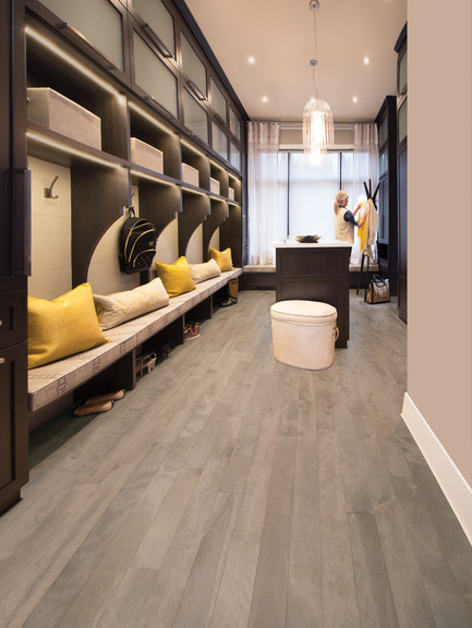 Press kit | 1639-04 - Press release | Rio and Havana: hot new colors from Mirage Hardwood Flooring - Mirage Hardwood Floors - Residential Interior Design -  Yellow Birch Rio - Admiration Collection<br>  - Photo credit:  Mirage Hardwood Floors