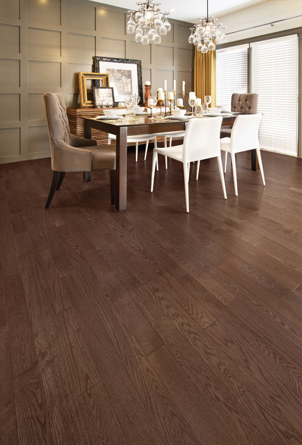 Press kit | 1639-04 - Press release | Rio and Havana: hot new colors from Mirage Hardwood Flooring - Mirage Hardwood Floors - Residential Interior Design -  Red Oak Bolton - Admiration Collection<br>  - Photo credit:   Mirage Hardwood Floors