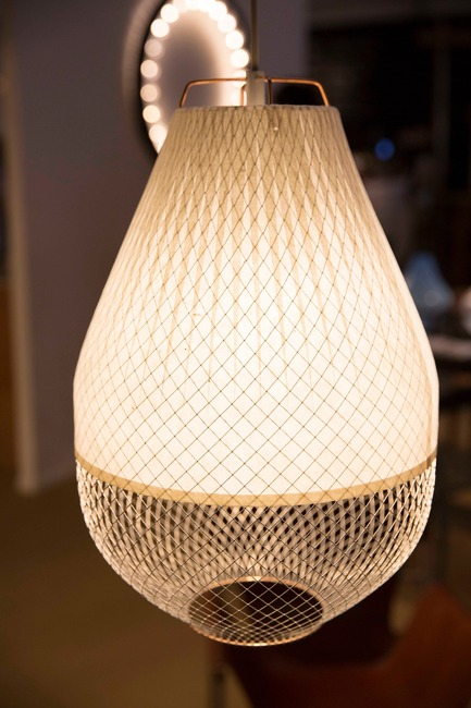 Press kit | 1604-06 - Press release | Design Days Dubai Completes It Fifth And Most Successful Edition To-Date - Design Days Dubai - Event + Exhibition - 'Open Meshmatics' lamp by Rick Tegelaar at Dutch Creative Industry (The Netherlands), Design Days Dubai 2016 - Photo credit: Design Days Dubai 2016