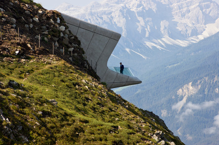Press kit | 2072-01 - Press release | Zaha Hadid1950­-2016 - Zaha Hadid Architects - Event + Exhibition - Messner Mountain Museum Corones - Photo credit: Inexhibit
