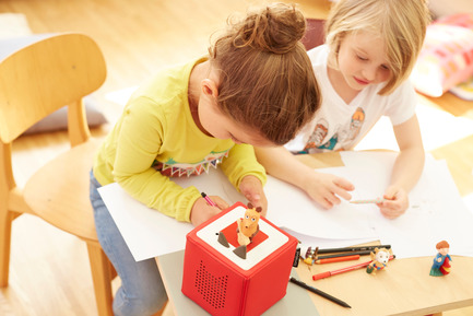 Press kit | 2074-01 - Press release | Toniebox wins Red Dot Award: Best of the Best - Boxine GmbH - Product - Toniebox - the new digital audioplayer for children - Photo credit: Boxine GmbH