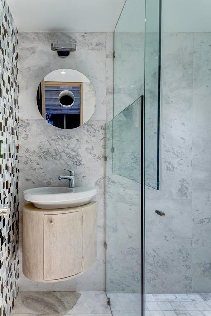 Dossier de presse | 1825-03 - Communiqué de presse | Hegel Apartment - Arqmov Workshop - Design d'intérieur résidentiel - Bathroom - Crédit photo : Rafael Gamo