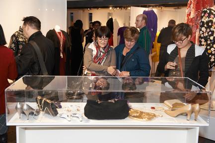 Press kit | 2105-01 - Press release | New Fashion Museum in Montreal - Musée de la mode - Event + Exhibition - Current exhibition : Parcours d'une élégante - Photo credit: Alexis K. Laflamme<br>
