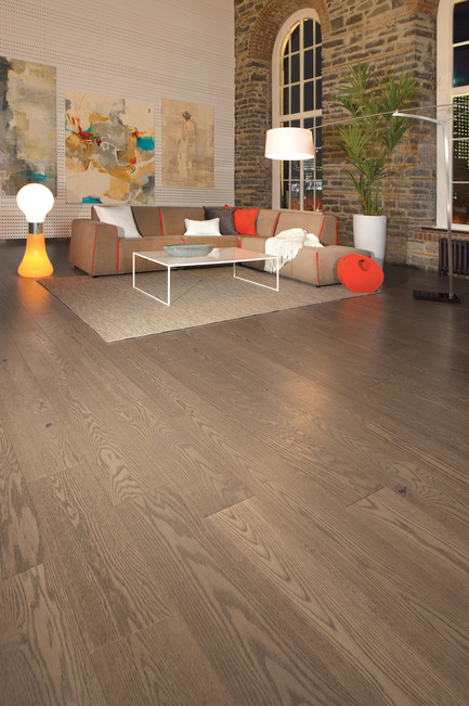 Press kit | 1639-05 - Press release | New colorsand speciescome to the Mirage Sweet Memories Collection - Mirage Hardwood Floors - Residential Interior Design -  Handcrafted Red Oak, Tree House - Sweet Memories Collection  - Photo credit: Mirage Hardwood Floors