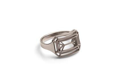 "Press kit | 2117-01 - Press release | Rings ""cut"" - KISSdesign, Sally Kiss - Product - Ring ""cut""<br>material: Steinless steal - Photo credit: knauf-fotodesign"