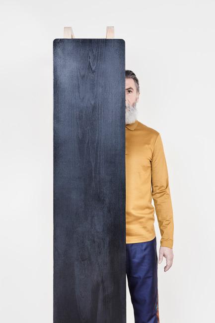 Dossier de presse | 2040-01 - Communiqué de presse | Atelier Sauvage - Le nouveau duo français d'artisans designers - Atelier Sauvage - Produit - Banc<br><br> - Crédit photo :  Laura Bonnefous&nbsp;