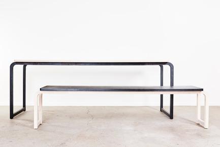 Dossier de presse | 2040-01 - Communiqué de presse | Atelier Sauvage - Le nouveau duo français d'artisans designers - Atelier Sauvage - Produit - Table et banc - Crédit photo :  Laura Bonnefous