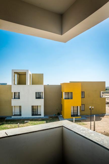 Dossier de presse | 1432-01 - Communiqué de presse | Studios 18 - Sanjay Puri Architects - Residential Architecture -   VIEW FROM THETERRACE   - Crédit photo : Vinesh Gandhi