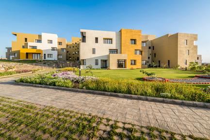 Dossier de presse | 1432-01 - Communiqué de presse | Studios 18 - Sanjay Puri Architects - Residential Architecture - NORTH VIEW-C & E BLOCK - Crédit photo :  Vinesh Gandhi