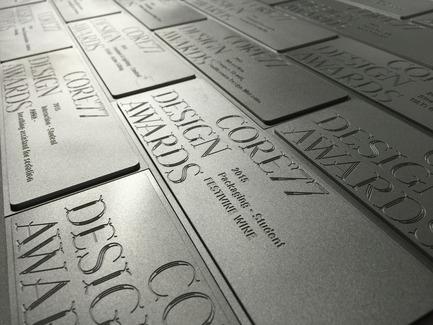 Dossier de presse | 2048-02 - Communiqué de presse | 2016 Core77 Design Awards Honoree Results Revealed - Core77 Design Awards - Concours - Trophy - Crédit photo : Core77