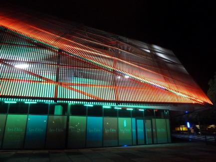 Dossier de presse | 896-05 - Communiqué de presse | Les Eléis, un centre commercial entre ciel et mer - Arte Charpentier Architectes & CALQ Architecture - Architecture commerciale - Crédit photo : Arte Charpentier - F. Castro