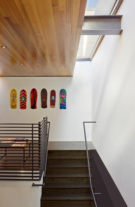 Dossier de presse | 1891-02 - Communiqué de presse | Hybrid Design - Terry & Terry Architecture - Commercial Architecture - detail of stair and skylight - Crédit photo : Bruce Damonte