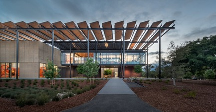 Press kit | 809-18 - Press release | Azure Reveals the Winners of the Sixth Annual AZ Awards - Azure Magazine - Competition - Environmental Leadership Award, ZGF Architects: Stanford University Central Energy Facility, Palo Alto, U.S. - Photo credit:          Steve Proehl