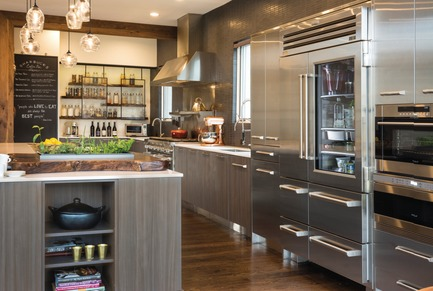 Press kit | 2153-01 - Press release | Sub-Zero & WolfKitchen Design Contest: 2015-2016 call for entries - Sub-Zero & Wolf Montreal & Toronto - Residential Interior Design - INTEGRATED LIVING- design: ABBY SMITH DESIGN-REGIONAL AWARD WINNER KDC 2013-14 - Photo credit:         Kitchen Design Contests/Sub-Zero Wolf