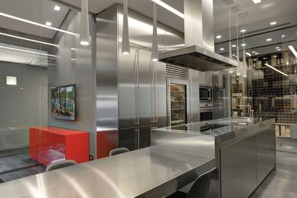 Press kit | 2153-01 - Press release | Sub-Zero & WolfKitchen Design Contest: 2015-2016 call for entries - Sub-Zero & Wolf Montreal & Toronto - Residential Interior Design -  ATTICO SPAGNOTTO - design :GALLO SNC DI GALLO MARIA E ISIDORO -REGIONAL AWARD WINNER KDC 2013-14 - Photo credit:         Kitchen Design Contests/Sub-Zero Wolf
