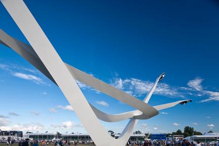 Press kit | 1022-04 - Press release | BMW Centenary Sculpture Goodwood Festival of Speed 2016 - Gerry Judah - Art - Photo credit: David Barbour