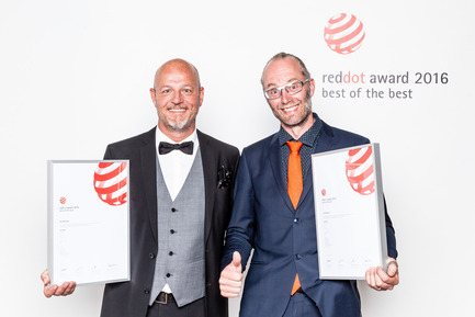 Press kit | 1696-09 - Press release | Award-winning design, premium products and a touch of Hollywood in Essen: That was the Red Dot Gala 2016 - Red Dot Award - Competition - Per Stigenius (Ikea) and Oskar Juhlin (Veryday) are Red Dot: Best of the Best winners<br> - Photo credit: Red Dot<br>