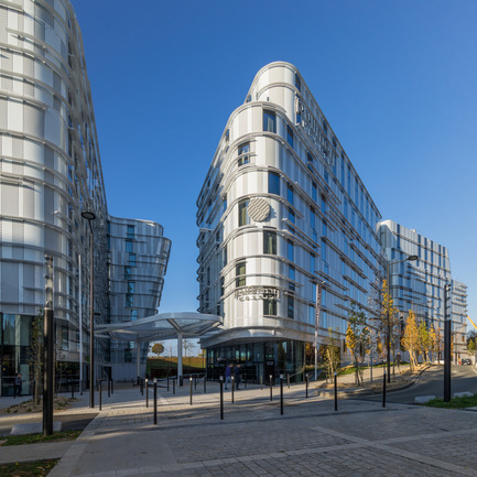 Press kit | 896-10 - Press release | Ibis Styles & Pullman hotels in Roissypôle - Arte Charpentier Architectes - Commercial Architecture - Photo credit: Christophe Valtin