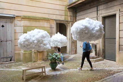 Press kit | 982-30 - Press release | Festival des Architectures Vives 2016 - Montpellier et La Grande Motte - Association Champ Libre - Festival des Architectures Vives (FAV) - Design urbain - La tête dans les nuages<br>Mickael Martins Afonso&nbsp;et Caroline&nbsp;Escaffre Faure &nbsp; - Photo credit: Paul KOZLOWSKI ©photoarchitecture.com<br>Site&nbsp;: http://photoarchitecture.com