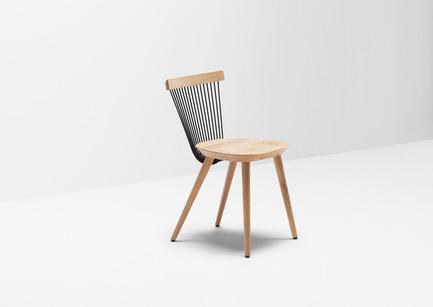 Press kit | 1539-03 - Press release | WW Chair - H Furniture Ltd. - Industrial Design - WW Chair<br>Wood: oak - Photo credit: Peter Guenzel