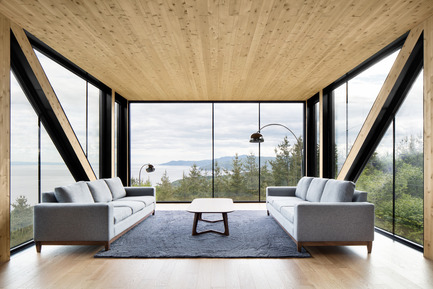 "Press kit | 1317-02 - Press release | The ""Blanche"" Chalet - ACDF Architecture - Residential Architecture - Photo credit: Adrien Williams"