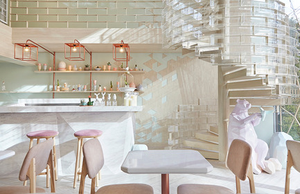 Press kit | 1124-09 - Press release | WIN Awards - Hospitality Shortlist Announced - World Interiors News - Commercial Interior Design - WIN Awards 2016 - Cafés Category:&nbsp;SHUGAA by party/space/design Co., Ltd (Thailand)&nbsp;<br><br>The interior concept for Shugaa is based on study of sugar in its basic molecular and crystal form. From the outside looking through the wall of glass, there is polygonal installation hanging around the front, inspired by sugar crystals. Wood material has also been used in the design together with a colour palette of mint green to make it feel warm and earthy. The designer team has added a dash of modern and luxury by using rose gold elements and a marble counter bar.<br><br>'From the design concept through to execution they have the designers have looked at all the aspects; the logo, the furniture the lighting, and you can see how they have carefully chosen the submitted compositions to really highlight all these details. A really lovely, bright, open, colourful space.' GS<br><br>'Very playful.' DA - Photo credit: party/space/design Co., Ltd