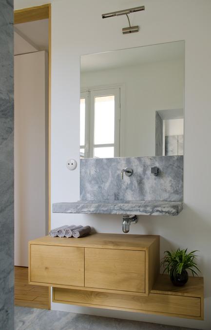 Press kit | 2180-01 - Press release | A big LITTLE nest - Mickaël Martins Afonso & L'atelier miel - Residential Interior Design - Bathroom - Photo credit: Mickaël Martins Afonso